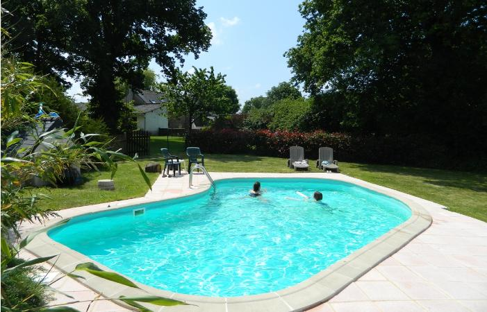 heated swimmin pool with child friendly accommodation